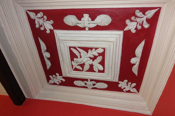 Ceiling moulding in the hall of Chesham